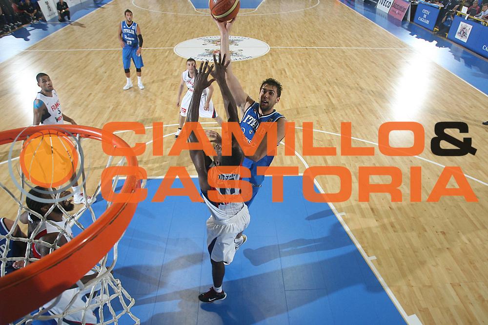 DESCRIZIONE : Cagliari Eurobasket Men 2009 Additional Qualifying Round Italia Francia<br /> GIOCATORE : Andrea Bargnani<br /> SQUADRA : Italy Italia Nazionale Maschile<br /> EVENTO : Eurobasket Men 2009 Additional Qualifying Round <br /> GARA : Italia Francia Italy France<br /> DATA : 05/08/2009 <br /> CATEGORIA : tiro special<br /> SPORT : Pallacanestro <br /> AUTORE : Agenzia Ciamillo-Castoria/C.De Massis