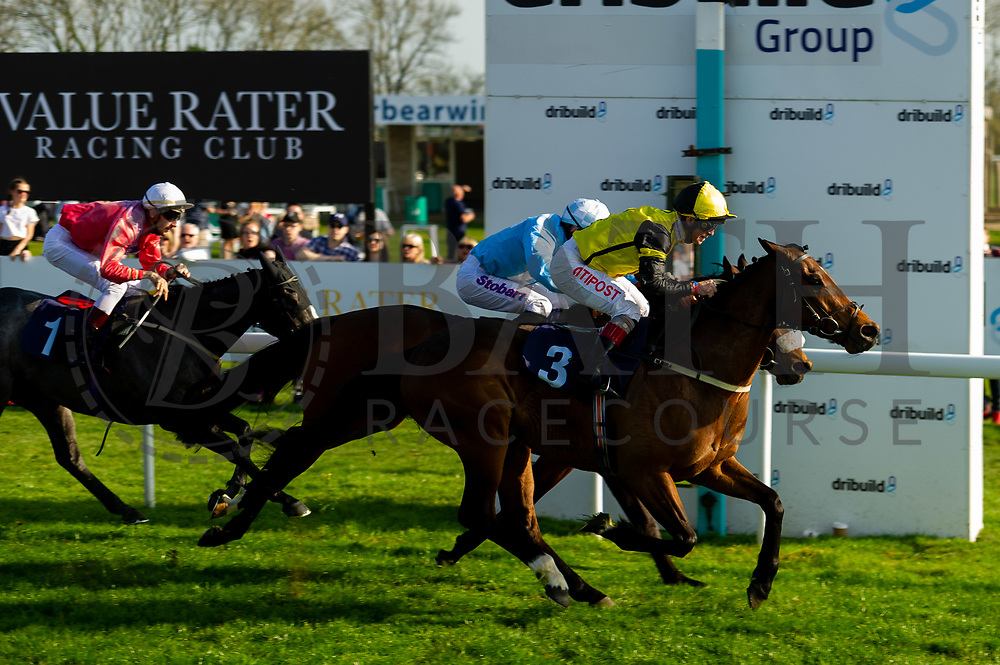 Acclaim The Nation ridden by Tom Eaves and trained by Eric Alston and The Daley Express ridden by Franny Norton and trained by Ronald Harris  - Ryan Hiscott/JMP - 19/04/2019 - PR - Bath Racecourse- Bath, England - Race 7 - Good Friday Race Meeting at Bath Racecourse