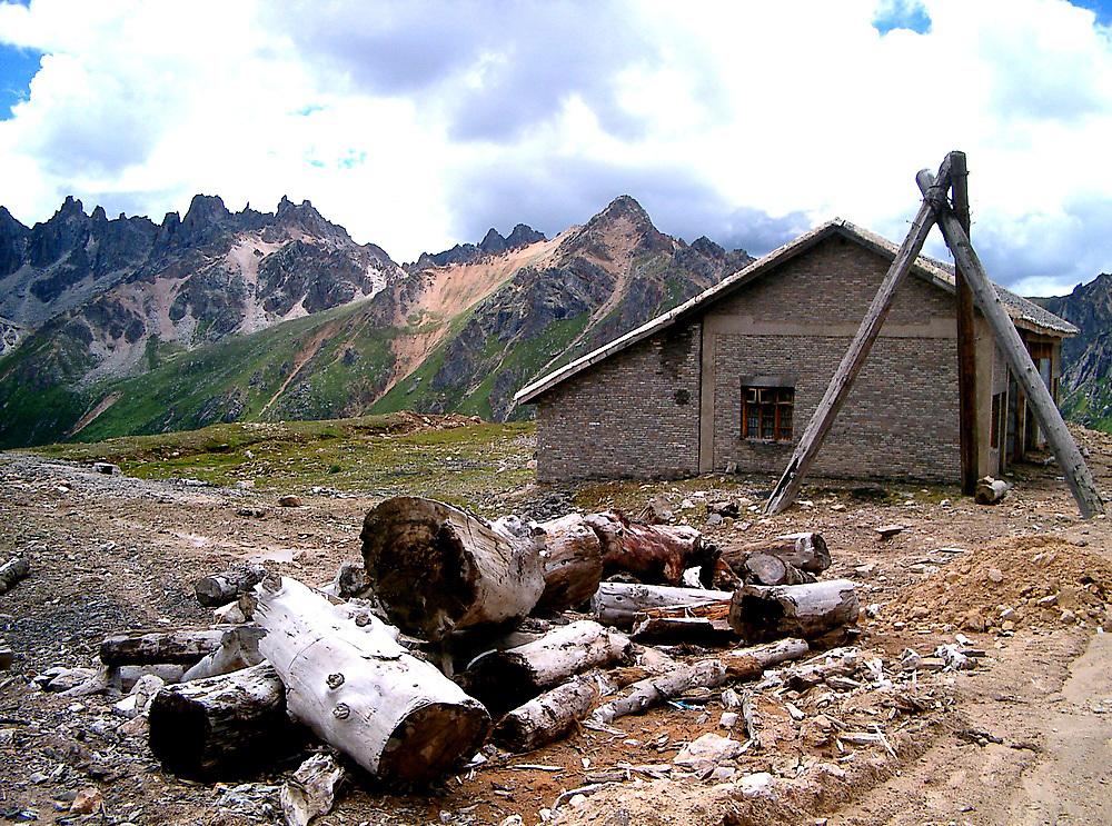 House on Qu Er Shan