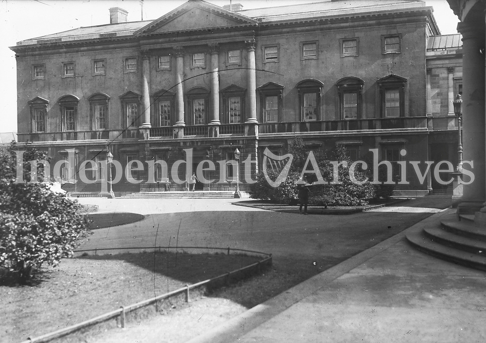 Leinster House, 1920s (Part of the Independent Newspapers Ireland/NLI Collection)