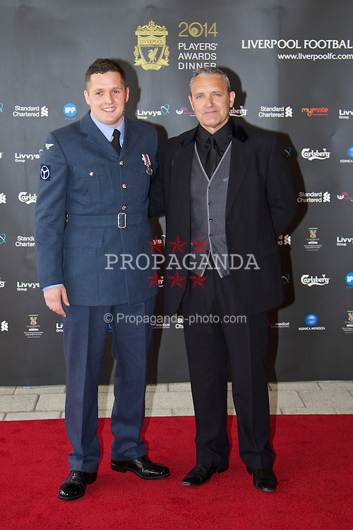 LIVERPOOL, ENGLAND - Tuesday, May 6, 2014: Liverpool actor Mark Moraghan and his son arrive on the red carpet for the Liverpool FC Players' Awards Dinner 2014 at the Liverpool Arena. (Pic by David Rawcliffe/Propaganda)