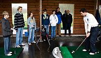 WASSENAAR - Jeugdgolf op Golfclub Rozenstein. rechts pro Jan Zwemmer. COPYRIGHT KOENSUYK