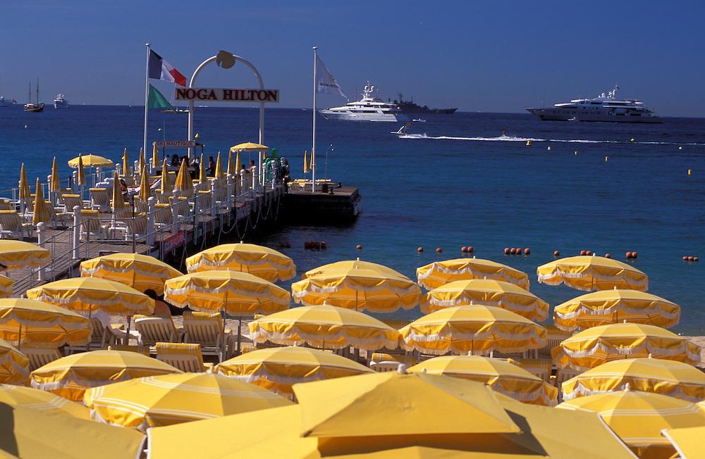 Yachts, Sunshades at Pier, La Croisette, Cannes, Provence Alpes Cote d'Azur, France