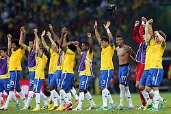 Jogadores do Brasil comemoram a vitória sobre o Uruguai e garantem vaga na final da Copa das Confederações, no Estádio Mineirão, em Belo Horizonte-MG. FOTO: Jefferson Bernardes/Preview.com