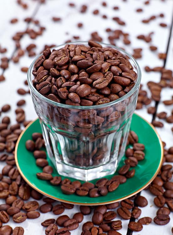 Motiv: Dessert smaks&auml;tt med kaffe<br /> Recept: Katarina Carlgren<br /> Fotograf: Thomas Carlgren<br /> Anv&auml;ndningsr&auml;tt: Publ en g&aring;ng <br /> Annan publicering kontakta fotografen