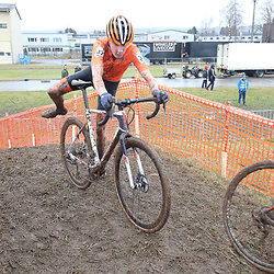 01-02-2020: Wielrennen: WK Veldrijden: Dubendorf <br /> Danny van Lierop