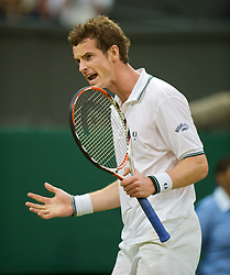 LONDON, ENGLAND - Monday, June 29, 2009: Andy Murray (GBR) celebrates winning the second set during the Gentlemen's Singles 4th Round match on day seven of the Wimbledon Lawn Tennis Championships at the All England Lawn Tennis and Croquet Club. (Pic by David Rawcliffe/Propaganda)