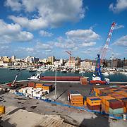 Trapani. Vista del cantiere navale di Trapani e della città.