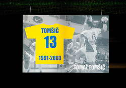 Poster of Tomaz Tomsic during ceremony after the handball match between RK Celje Pivovarna Lasko and Trimo Trebnje of last Round of 1st Slovenian Handball league, on May 27, 2011 in Arena Zlatorog, Celje, Slovenia. Celje defeated Trimo 32-28 and win 3rd place in Slovenian National Championship. (Photo By Vid Ponikvar / Sportida.com)