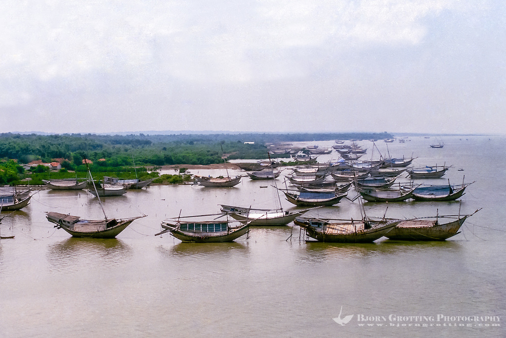 Java, East Java, Madura. Traditional vessels on the Madura coast (from helicopter)
