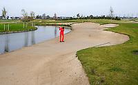 NIEUWVEEN - Golfclub Liemeer. Bunker op Hole 1.   COPYRIGHT KOEN SUYK