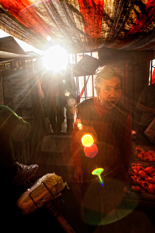China,Beijing<br /> Fruit market in Hong Kong.<br /> &copy;Carmen Secanella