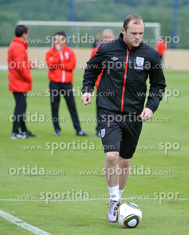 19.05.2010, Arena, Irdning, AUT, FIFA Worldcup Vorbereitung, Training England, im Bild Wayne Rooney, EXPA Pictures © 2010, PhotoCredit: EXPA/ S. Zangrando / SPORTIDA PHOTO AGENCY