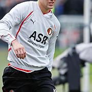 NLD/Rotterdam/20100919 - Voetbalwedstrijd Feyenoord - Ajax 2010, geblesseerde Ron Vlaar verlaat het voetbalveld