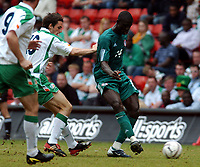 REPUBLIC OF IRELAND/NIGERIA UNITY CUP 29.05.04 <br />PHOTO TIM PARKER FOTOSPORTS INTERNATIONAL<br />SEYI OLOFINJANA NIGERIA & JONATHAN DOUGLAS IRELAND