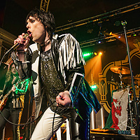 The Struts drive into The Garage Glasgow and treat the audience to a full service