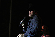 Clay Walker-Bakersfield Rockin Country Music &amp; Art Festival<br />