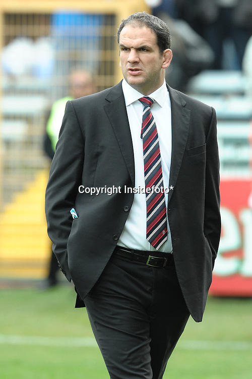 Martin Johnson, England head coach <br />Italy vs England<br />RBS 6 Nations Rugby Championship <br />Rome, 14/02/2010