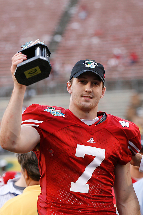 University of Wisconsin quarterback John Stocco holds the Captial One Bowl MVP award after the Wisconsin Badgers 17-14 victory over the Arkansas Razorbacks on January 1, 2007 at the Florida Citrus Bowl Stadium in Orlando, Florida.