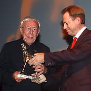 Premiere Ramses, politicus Cees van Leeuwen en gouden kalf winnaar Louis van Gasteren