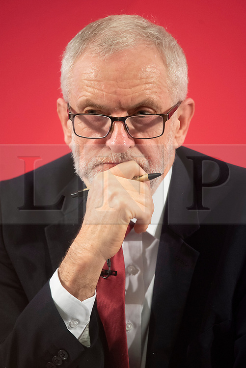 "© Licensed to London News Pictures. 27/11/2019. London, UK. British Labour party leader Jeremy Corbyn makes a speech revealing official government documents showing the US is demanding that the NHS will be ""on the table"" in talks on a post-Brexit trade dealon the National Health Service. Photo credit: Ray Tang/LNP"