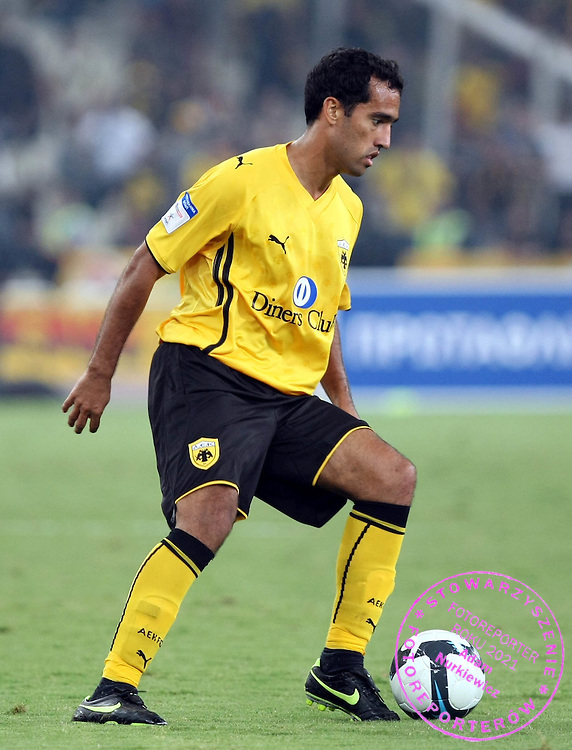 ROGER GUERREIRO..SEPTEMBER 23, 2009..( AEK - OLYMPIAKOS )..( PHOTO BY IN TIME / MEDIASPORT )..!!! POLAND ONLY !!!