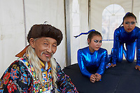 Mongolie, Oulan Bator, Place Sukhbaatar, concours du plus beau costume pour la fete du Naadam, ethnie bouriate // Mongolia, Ulan Bator, Sukhbaatar square, costume parade for the Naadam festival, Buriat people