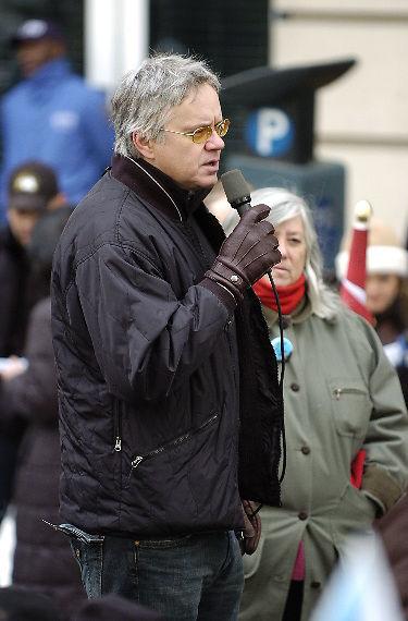NEW YORK - MARCH 18:  Actor Tim Robbins gives a speach in Bryant Park before the start of an anti-war march March 18, 2007 in New York City. Protests are taking place across the country ahead of the fourth anniversary of the March 20, 2003 invasion of Iraq.  (Photo by Michael Bocchieri/Bocchieri Archive)
