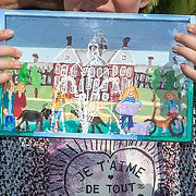 NLD/Utrecht/20170824 -  Koningin Maxima bij viering 650 jaar Bartholomeus Gasthuis, 3D tekening van paleis Huis ten Bosch