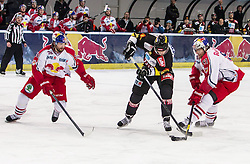 15.03.2013, Eisarena, Salzburg, AUT, EBEL, EC Redbull Salzburg vs UPC Vienna Capitals, Playoff Halbfinale, 2. Runde, im Bild Daniel Richmond, (EC Red Bull Salzburg, #36), Marcus Olsson, (UPC Vienna Capitals, #20) und Matthias Trattnig, (EC Red Bull Salzburg, #51) // during the Erste Bank Icehockey League playoff semifinal 2nd match between EC Redbull Salzburg and UPC Vienna Capitals at the Icearena, Salzburg, Austria on 2013/03/15. EXPA Pictures © 2013, PhotoCredit: EXPA/ Roland Hackl