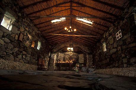 Interior de la Capilla de piedra de Juan Felix Sanchez, San Rafael de Mucuchies, Estado Mérida, Venezuela.