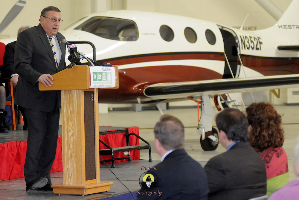 2/7/11 -- BRUNSWICK, Maine.  Maine Governor Paul LePage speaks at the Naval Air Station Brunswick on Monday. The U. S. Navy passed the Hangar 6 over to the Midcoast Regional Redevelopment Authority  today in a ceremony attended by Gov. LePage, Congresswoman Chellie Pingree and a host of other members of local and state government. Roger S. Duncan Photo / For The Forecaster