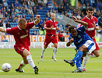 Photo: Kevin Poolman.<br />Leicester City v Southend United. Coca Cola Championship. 26/08/2006. Leicester's Chris O'Grady gets a shot in on goal.