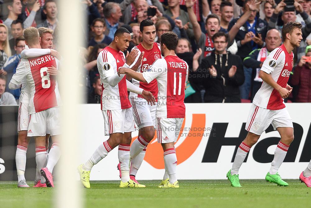 17-09-2015 NED: UEFA Europa League AFC Ajax - Celtic FC, Amsterdam<br /> Ajax heeft in zijn eerste duel in de Europa League thuis moeizaam met 2-2 gelijkgespeeld tegen Celtic / Viktor Fischer #7 zet Ajax op 1-1