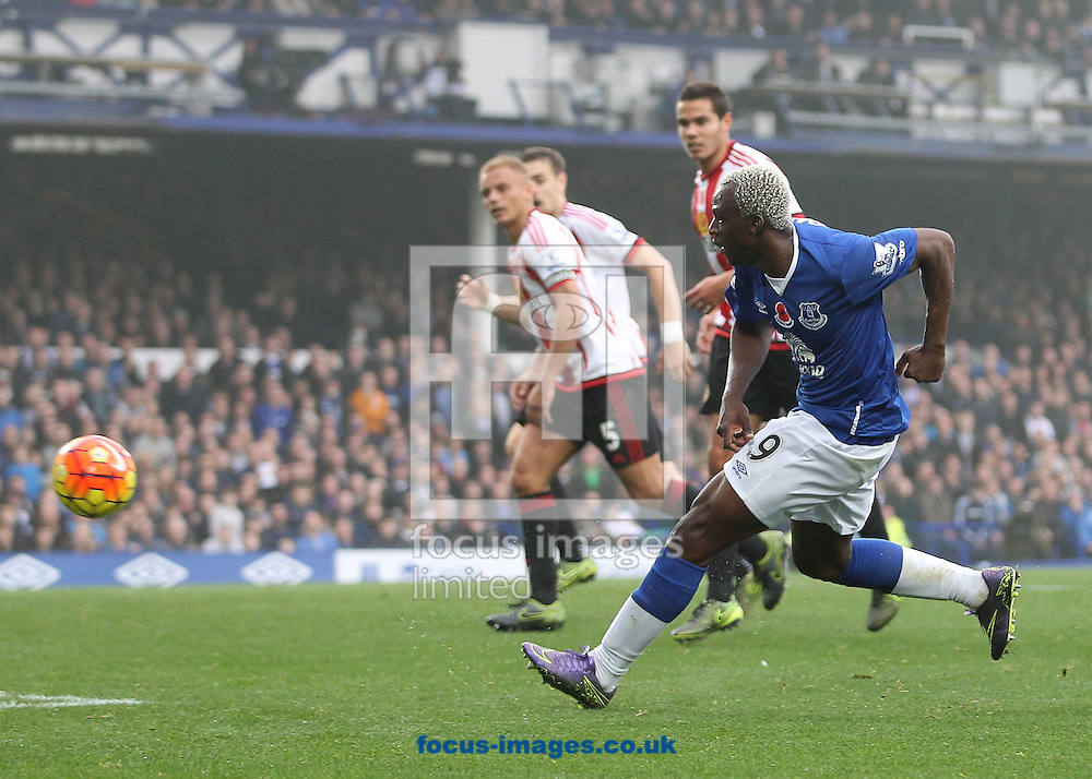 Arouna Kone of Everton scores the fifth goal against Sunderland during the Barclays Premier League match at Goodison Park, Liverpool.<br /> Picture by Michael Sedgwick/Focus Images Ltd +44 7900 363072<br /> 01/11/2015
