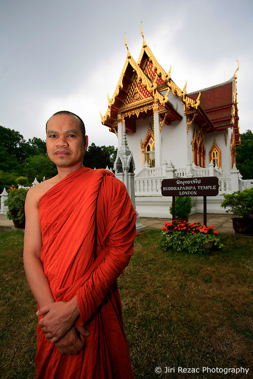"UNITED KINGDOM WIMBLEDON 26JUN09 - Buddhist monk Sangthong Bhammacaro (43) poses for a photo at the Buddhapadipa temple in Wimbledon, Boris Becker's new home in London. The newlyweds Boris Becker & Sharlely ""Lilly"" Kerssenberg have recently moved into a 6-million pound property in Burghley Road, Wimbledon, London...jre/Photo by Jiri Rezac..© Jiri Rezac 2009"