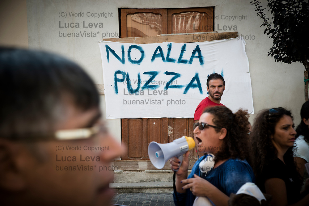 manifestazione di protesta contro l&rsquo;azienda Ecotransider specializzata nel trattamento di rifiuti; <br />