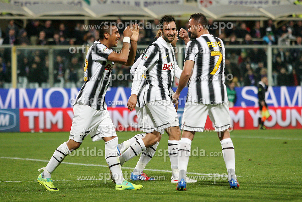 17.03.2012, Stadion Artemio Franchi, Florenz, ITA, Serie A, AC Florenz vs Juventus Turin, 28. Spieltag, im Bild Jubel nach dem Tor zum di ARTURO VIDAL (Juventus), Goal Celebration ARTURO VIDAL (Juventus) // during the football match of Italian 'Serie A' league, 28th round, between AC Florenz and Juventus Turin at Stadium Artemio Franchi, Florence, Italy on 2012/03/17. EXPA Pictures © 2012, PhotoCredit: EXPA/ Insidefoto/ Luca Pagliaricci..***** ATTENTION - for AUT, SLO, CRO, SRB, SUI and SWE only *****