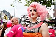 25-07-2016 TILBURGSE KERMIS:ROZE MAANDAG:TILBURG<br /> De jaarlijkse Roze Maandag tijdens de Tilburgse Kermis is nog  altijd een trekpleister voor kleurige uitgedoste bezoekers in het centrum van Tilburg<br /> <br /> <br /> Foto: Geert van Erven