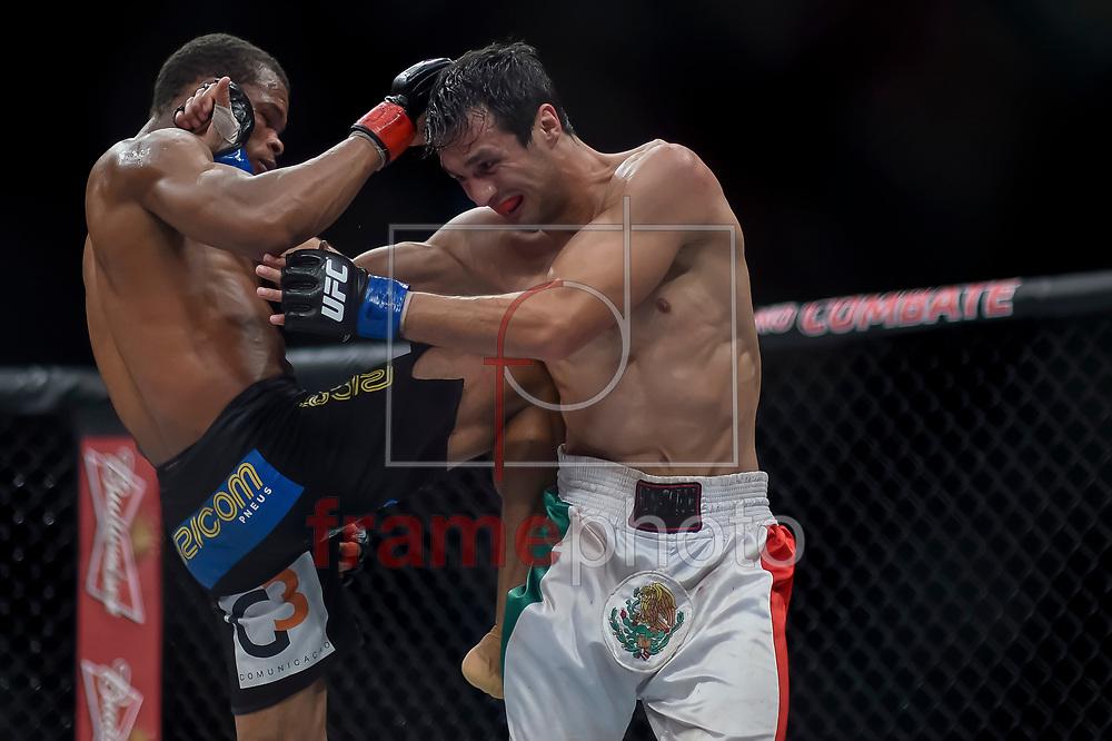 Francisco Massaranduba (d) e Akbarh Arreola durante luta válida pelo UFC FIGHT NIGHT:  MAIA X LAFLARE, realizado no ginásio do Maracanazinho, zona norte da cidade do Rio de Janeiro, RJ. Foto: Ide Gomes / Frame