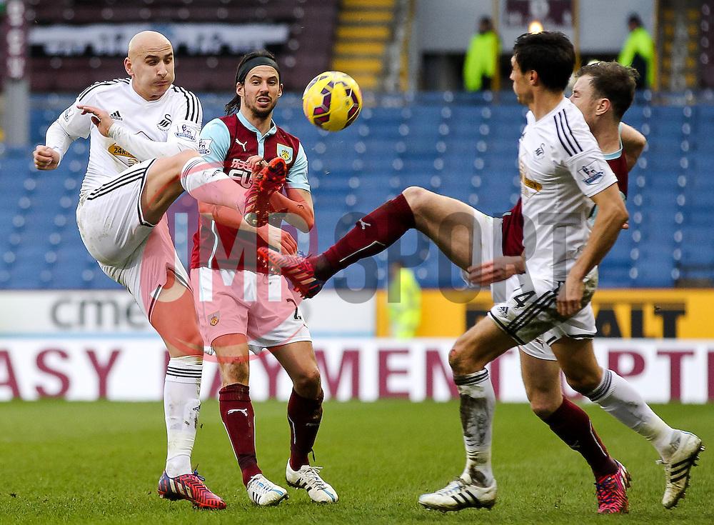 Jonjo Shelvey of Swansea City  - Photo mandatory by-line: Matt McNulty/JMP - Mobile: 07966 386802 - 28/02/2015 - SPORT - Football - Burnley - Turf Moor - Burnley v Swansea City - Barclays Premier League