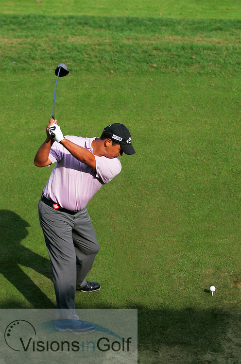 Michael Campbell swing sequence down the line<br /> 12th November 2005 on the third day, Sheshan International GC, Shanghai, China in the HSBC Champions <br /> Tournament. <br /> Mandatory Photo Credit: Mark Newcombe / visionsingolf.com