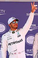 Barcellona - Gran Premio di Spagna - nella foto: Lewis Hamilton festeggia la pole position insieme a Valtteri Bottas  - Mercedes   W08 - Formula 1