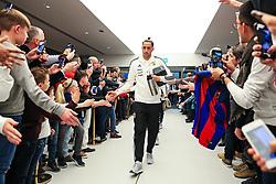 Ramiro Funes Mori of Argentina greets fans on arrival at the Etihad Stadium - Mandatory by-line: Matt McNulty/JMP - 23/03/2018 - FOOTBALL - Etihad Stadium - Manchester, England - Argentina v Italy - International Friendly