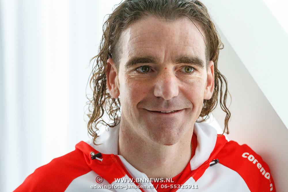 NLD/Amsterdam/20151021 - Ploegpresentatie Corendon schaatsploeg, Bob de Jong
