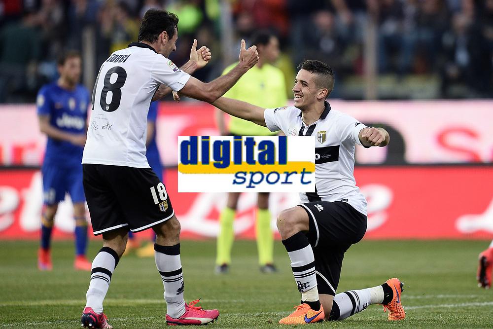 esultanza fine gara Parma<br /> Parma 11-04-2015 Stadio Tardini, Football Calcio Serie A Parma - Juventus Foto Image Sport / Insidefoto