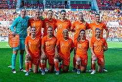 01-06-2019 NED: Netherlands - Australia, Eindhoven<br /> <br /> Friendly match in Philips stadion Eindhoven. Netherlands win 3-0 / goalkeeper Sari van Veenendaal #1 of The Netherlands, Stefanie van der Gragt #3 of The Netherlands, Vivianne Miedema #9 of The Netherlands, Kika van Es #5 of The Netherlands, Sherida Spitse #16 of The Netherlands, Desiree van Lunteren #2 of The Netherlands, Lieke Martens #11 of The Netherlands, Shanice van de Sanden #7 of The Netherlands, Danielle van de Donk #10 of The Netherlands, Jackie Groenen #14 of The Netherlands