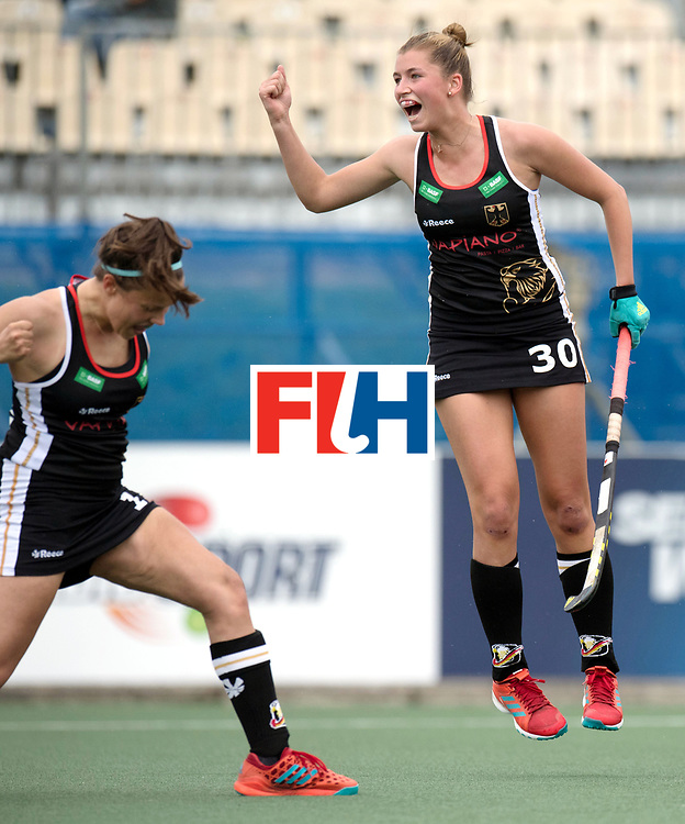 AUCKLAND - Sentinel Hockey World League final women<br /> Match id 10293<br /> 03 England v Germany <br /> Foto:  0-1 celebration Germany, Charlotte Stapenhorst scores and Hanna Granitzki jumps.<br /> WORLDSPORTPICS COPYRIGHT FRANK UIJLENBROEK