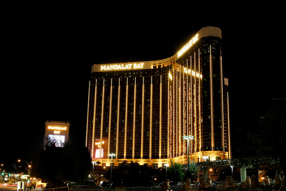 US-LAS VEGAS: Mandalay Hotel by night. .PHOTO GERRIT DE HEUS
