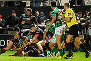 Benetton protected their line in the dying moments of the Guinness Pro 14 2017_18 match between Edinburgh Rugby and Benetton Treviso at Myreside Stadium, Edinburgh, Scotland on 15 September 2017. Photo by Kevin Murray.